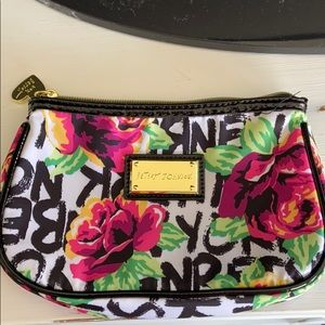 Betsey Johnson purse clutch
